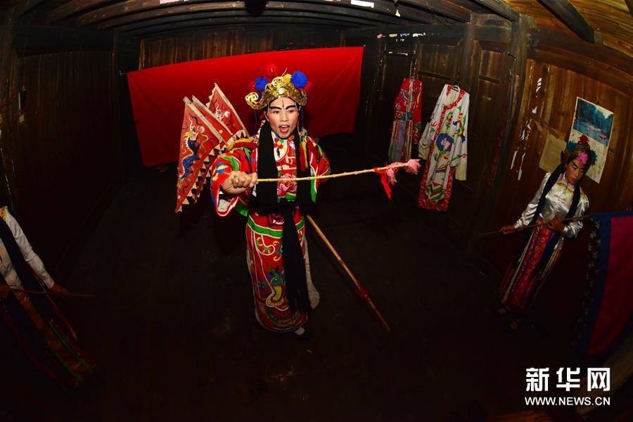 #(图片故事)(6)小广侗戏:乡村戏班的学问坚守